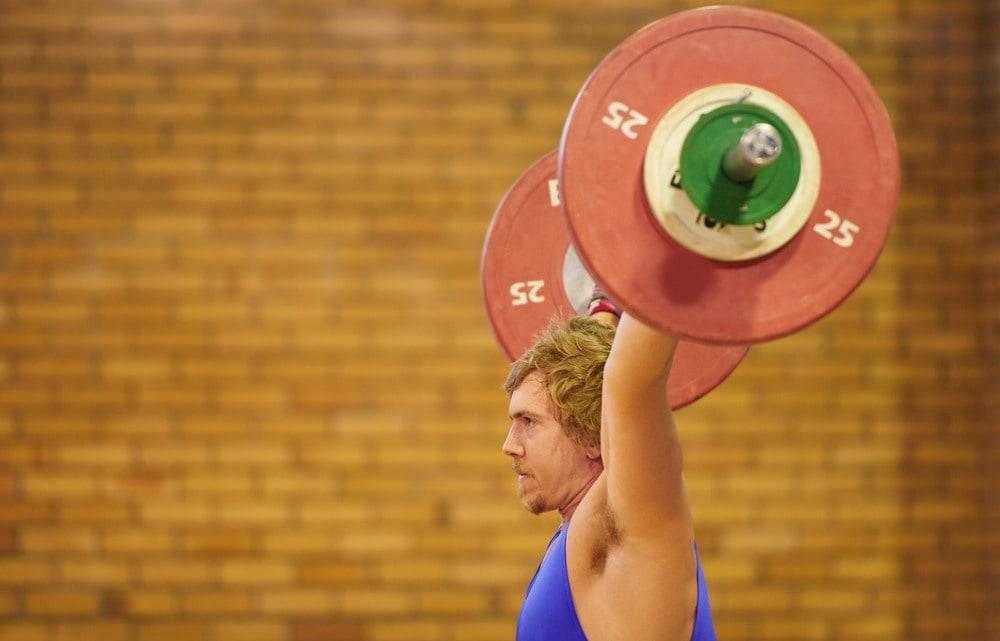 Press militar músculos implicados durante el entrenamiento